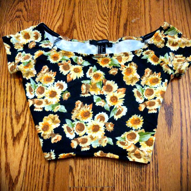 Forever 21 Flower Pattern Crop Top