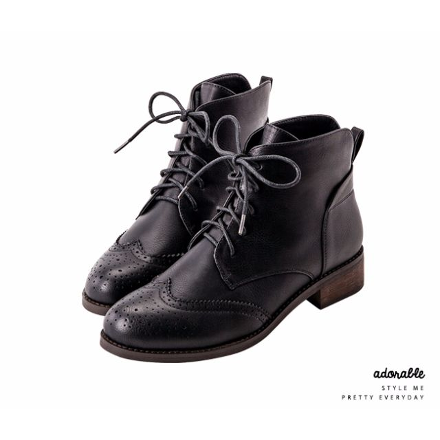 Grace gift- 後V英倫牛津雕花短靴(黑色) #告別舊愛不愛就賣
