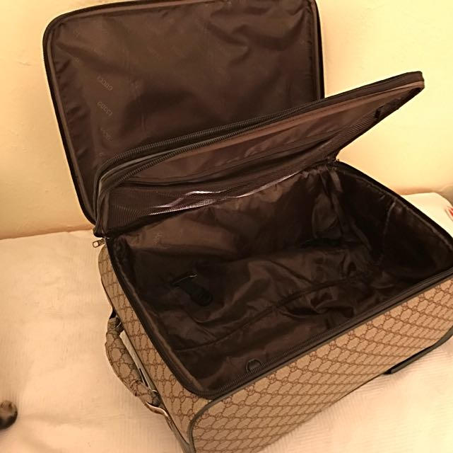 GUCCI GG Supreme Monogram Canvas Carry-On Size Suitcase