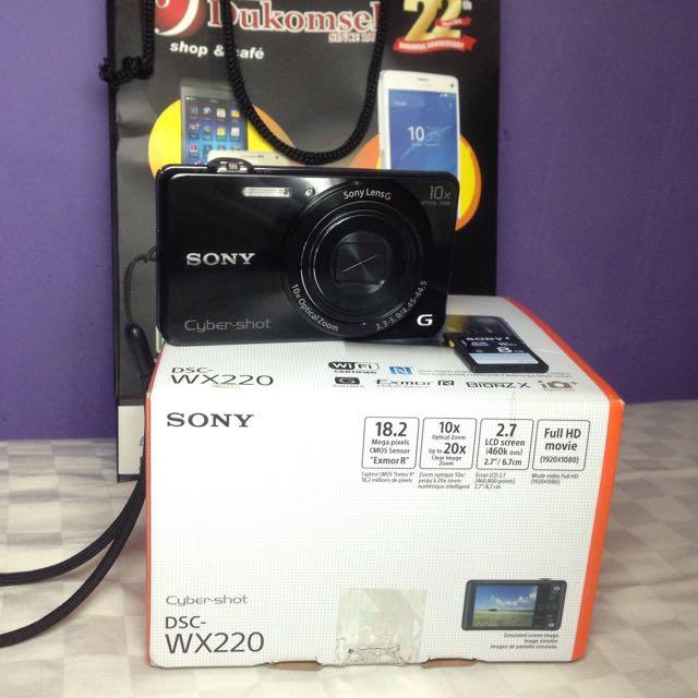 Kamera Sony DSC-WX220