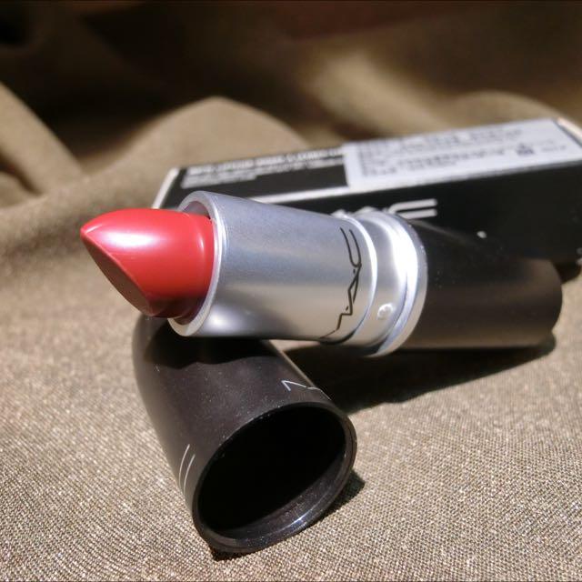 個性黑色系MAC唇膏