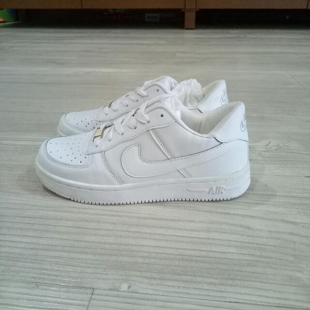 Nike AirForce1 Premium All White