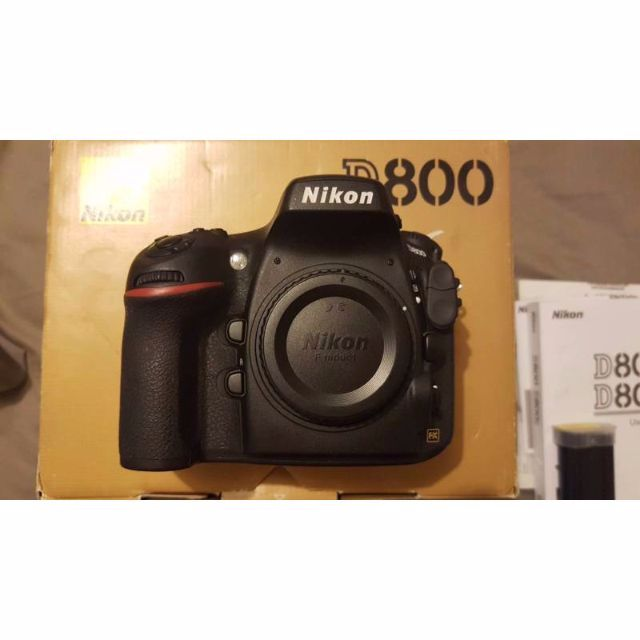 Nikon D800 inc all accessories and spare battery