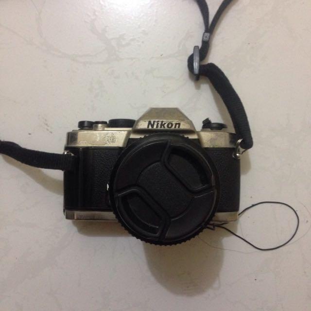 Nikon FM10 vintage film camera