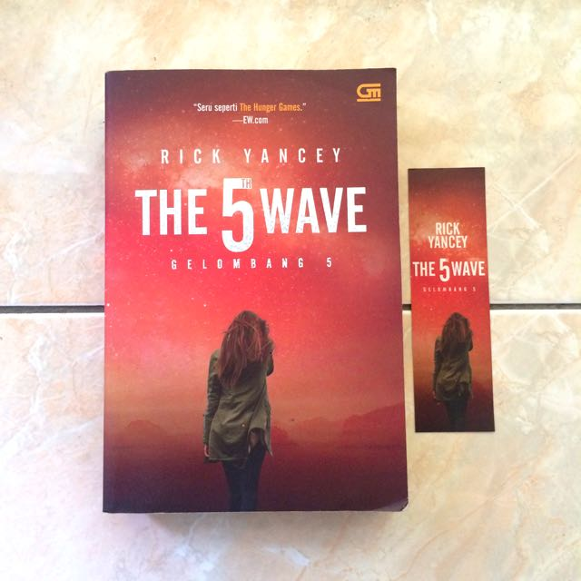 "(Novel) ""The 5th Wave"""