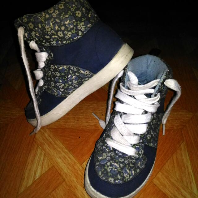 Old Navy Blue Floral Hightop Shoes