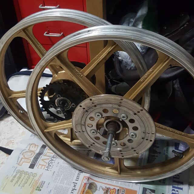 80 år rim Rim AR80 Rxz, Car Accessories on Carousell 80 år rim