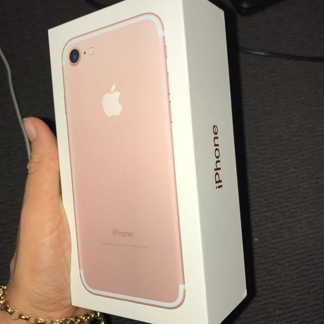 Rose Gold iPhone 7. Brand New