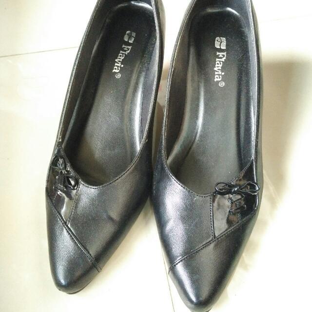 Sepatu Kerja Flavia Hitam