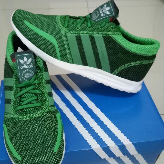 Sepatu Sneaker Adidas Los Angeles
