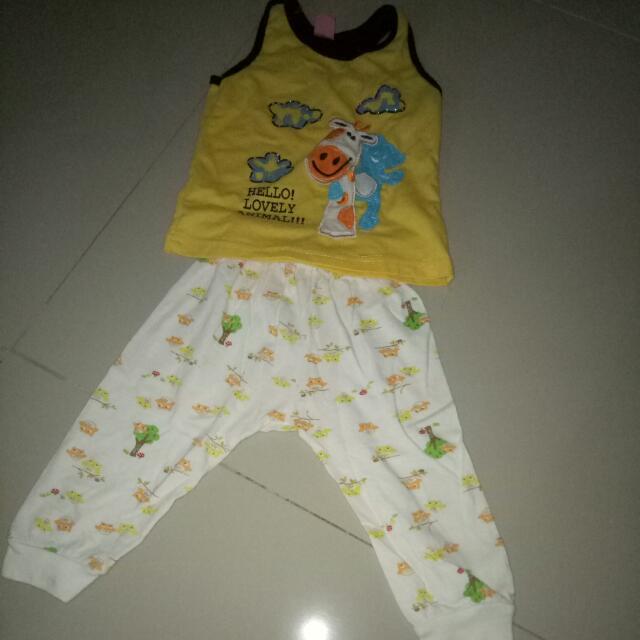 Shirt Yukensi & Celana Panjang Untuk Tidur (bayi 3-6 Bln)