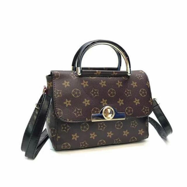 Sling Bag 👜
