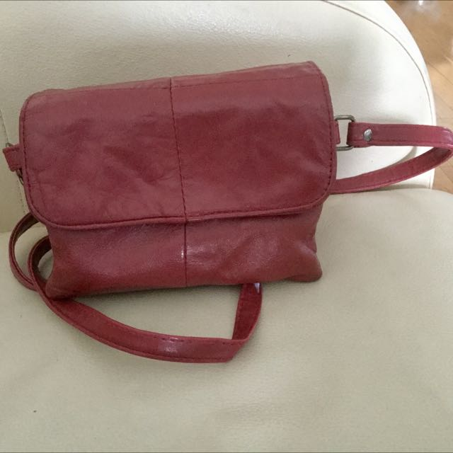 Reduced~ Small Faux Leather Crossbody Handbag