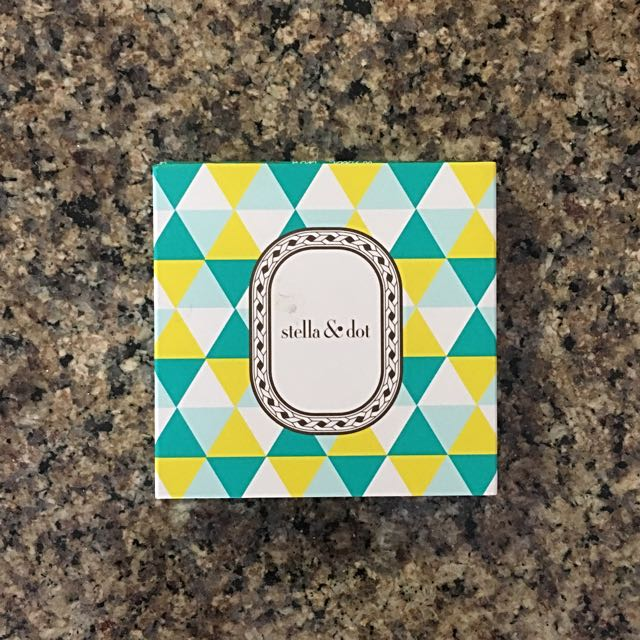 Stella And Dot Gold Earrings