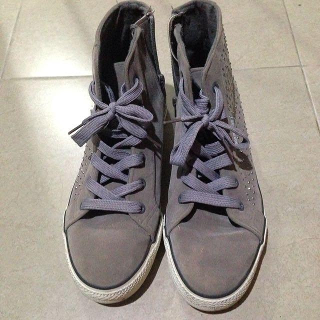 Studs Casual Shoes, Separu casual