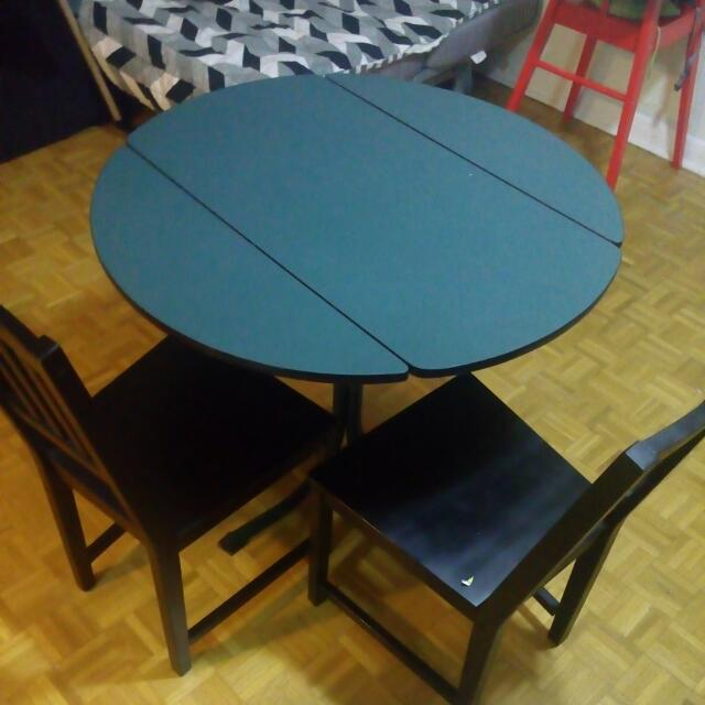 REDUCED,must Go! Table (convertible) With Chairs
