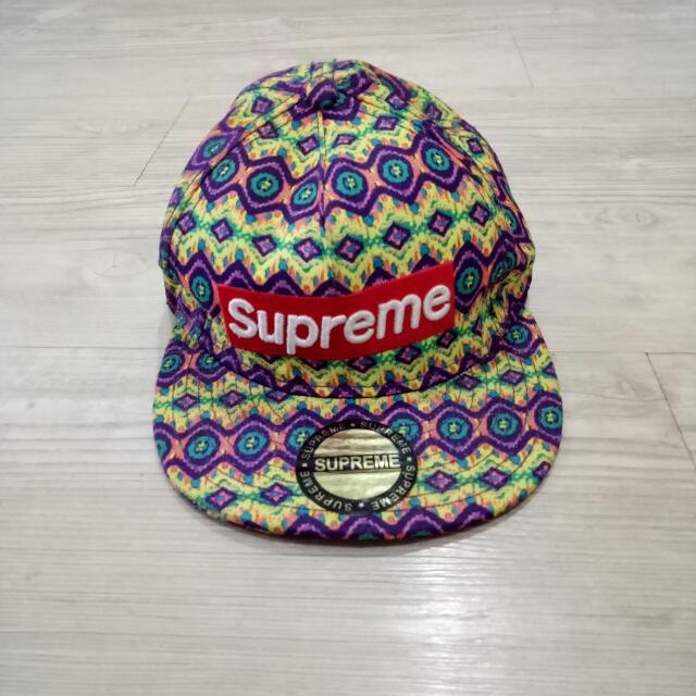 Topi Supreme