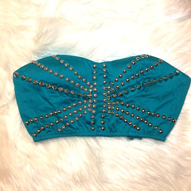 🦋👗 Turquoise Spikey Festival Crop Top Size 8