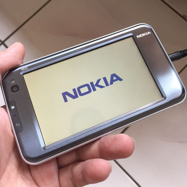 VERY RARE COLLECTORS ITEM THE RETRO NOKIA N810 TABLET BRAND NEW FULL SET