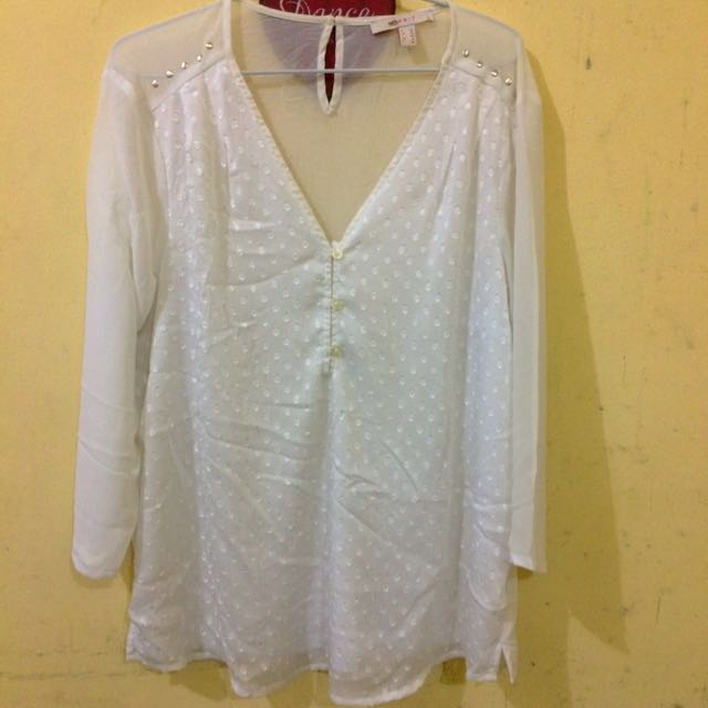 White Blouse #tisgratis
