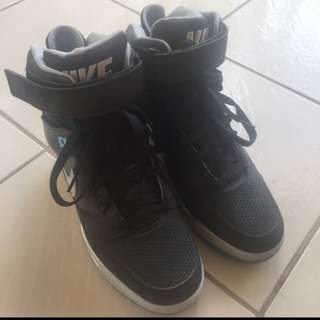 Nike Wedge Shoes - SIZE 8 AUS/US