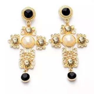 On Trend Antique Cross Jewel Earrings Gold Pearl Black FREE WITH PURCHASE OVER $100