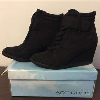 全新 Art Rock 黑色高踭運動鞋 (size: 40)