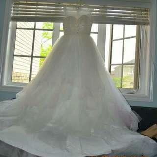 Luxury Wedding Dress . Princess