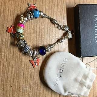 Pandora Bracelet With 10 Charms