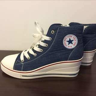 全新藍色牛仔款高跟運動鞋、休閒鞋 Size: 38.5-39啱穿