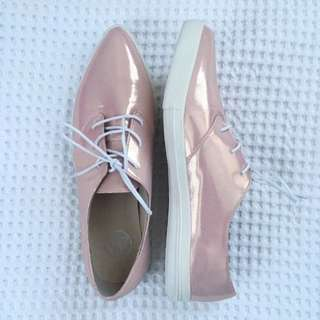 Pointed Shimmer Shoes