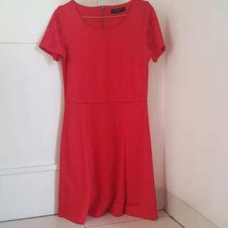 Dress SIMPLICITY red