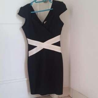 Dress Pesta Body Fit. Black White