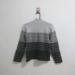 🚚 高領灰色毛衣
