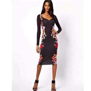#652 Romantic Long Sleeved Maxi Bodycon Dress