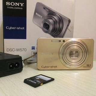[Preloved] Digital Camera Sony Cyber Shot DSC - W570 Full Set (W/ Memory Card Sony 4 GB)