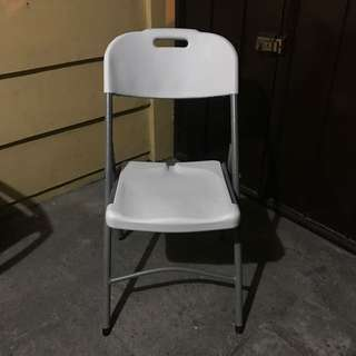 BRANDNEW foldable chairs For Sale