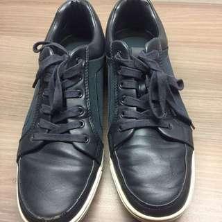 Sepatu ALDO Biru