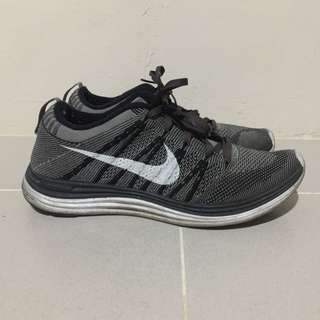 🛍Reserved: NIKE GREY FLYKNIT ONE RUNNING SHOES