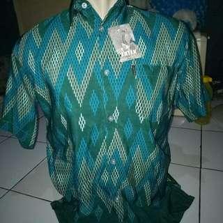 Kemeja Batik Pria Tangan Pendek