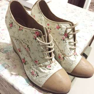 Gosh Floral Wedges