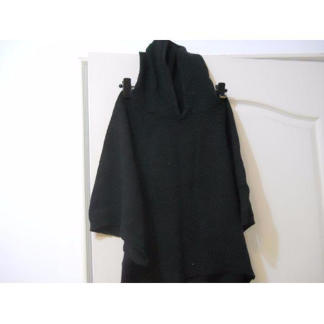 22 黑色連帽斗篷