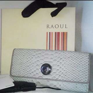 Raoul Wallet Continental Genuine Leather  Credit Card Money Slots With Silver Turn Lock Design Brand New