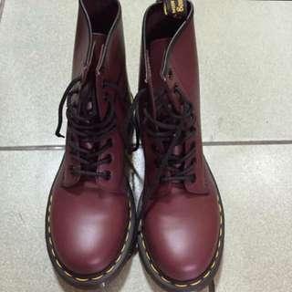 8孔馬汀鞋