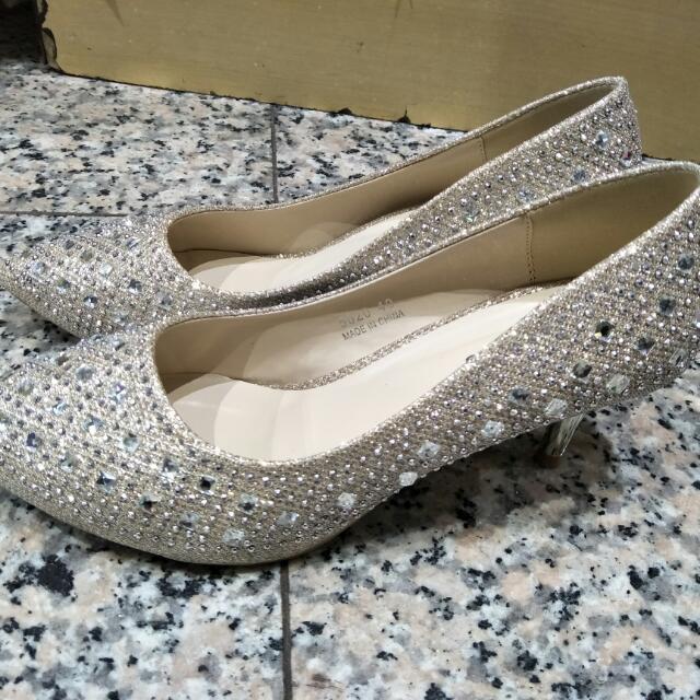 水亮亮水鑽低跟鞋(婚鞋)