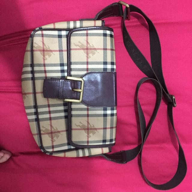 Authentic Burberry Sling Bag., Luxury, Bags   Wallets on Carousell 9697631149