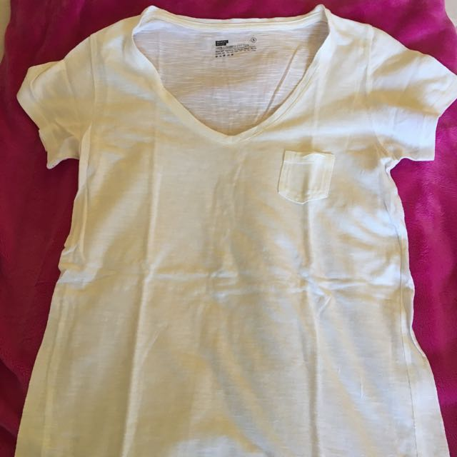Bench Vneck Top