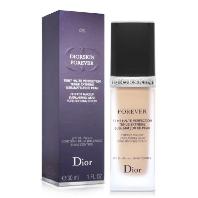 Dior超完美持久粉底液 012
