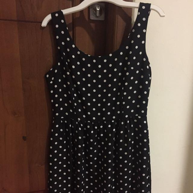 Dress Polkadot Black And White
