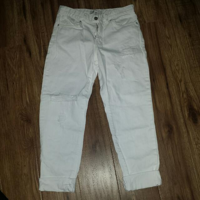 Forever 21 White boyfriend jeans